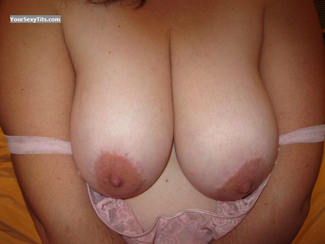 Tit Flash: Wife's Big Tits - Mnmcpl14 from United States
